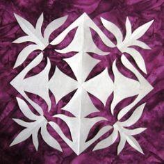 Quilt Inspiration: Notan Snowflake (photo only) Hawaiian Quilt Patterns, Hawaiian Quilts, Elements And Principles, Elements Of Art, Notan Art, Notan Design, Classe D'art, 6th Grade Art, Winter Quilts