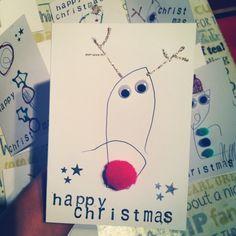 Esta Navidad, deja que los pequeñitos diseñen las tarjetas de felicitación. ¡Seguro te sorprenderá su creatividad!