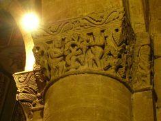 Capitelli interni della Basilica di San Michele maggiore a Pavia Adamo ed Eva