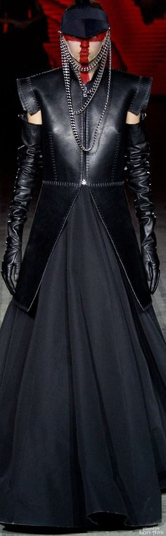 Visions of the Future: Gareth Pugh Fall 2015 RTW