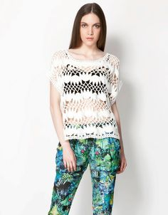 dantelli bluz, beyaz renk, yazlık bluz  #bershka #elbise #koleksiyon #desen #desenlielbise #etnikelbise #ilginçelbise # kısaelbise #şort #etek #bluz #yazlık #ayakkabı #tulum #pantolon