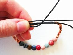 Art Bead Scene Blog: Free Tutorial: Sliding Knot Adjustable Bracelet