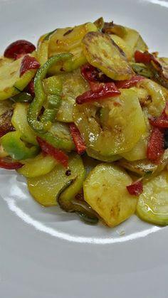 Low Carb Recipes, Diet Recipes, Vegetarian Recipes, Cooking Recipes, Healthy Recipes, Healthy Food, Spanish Tapas, Chicken Salad Recipes, Greens Recipe
