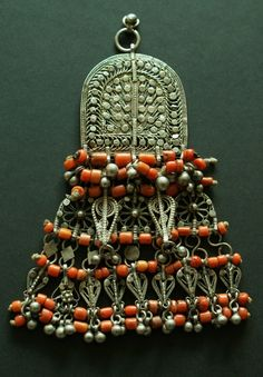 Yemen | Large Bawsani pendant incorporating smaller filigree elements, strung with coral. | ©Thelma, via Ethnic Jewels