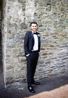 #Wedding #juliecumminsphotography  #clairebaker #groom #bellinghamcastle #tuxedo