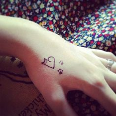 I SO want this kitty-heart & paws #tattoo for real! (Just a sharpie test, though...)