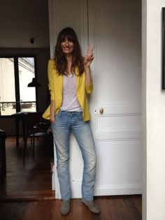 Caroline de Maigret. Love the yellow jacket!