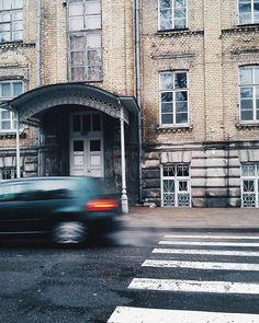 Непонятно что творится вокруг и как успеть уловить все моменты? #любимоегородское #vscocam #vscobelarus #grodno #grodno24 #wowgrodno #street #autumn #city