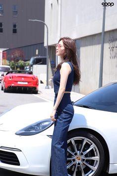 Asian Woman, Asian Girl, Miss A Suzy, Stylish Outfits, Fashion Outfits, Bae Suzy, Korean Actresses, Korean Model, Korean Girl