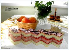 Punčové rezy (fotorecept) - obrázok 8 Cheesecake, Punk, Desserts, Food, Basket, Tailgate Desserts, Deserts, Cheesecakes, Essen