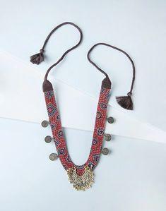 Buy Fabindia Metal NM 10774 Matinee Necklace Online in India – Fabindia.com