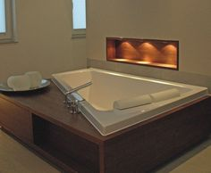 Duravit Paiova new soaking tub, deep, big —