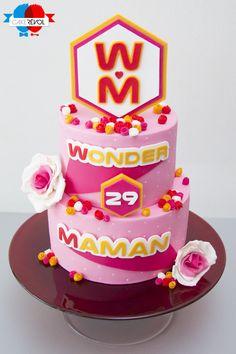 NOS CRÉATIONS - Wonder Maman - CAKE RÉVOL - Cake Design - Nantes