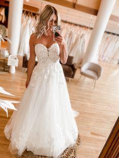 Lace Wedding, Wedding Dresses, Gowns, Ideas, Fashion, White People, Bride Dresses, Vestidos, Moda