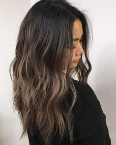Coupe de cheveux tendance/ Hair style lange Haare Dochte How To Save Your Fruit Tree Blossoms From A Brown Hair Balayage, Brown Blonde Hair, Brunette Hair, Hair Highlights, Dark Hair, Bayalage, Asian Balayage, Dark Balayage, Dark Ombre Hair