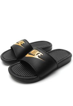 size 40 f2022 38c63 Chinelo Slide Nike Sportswear Benassi Just Do It Preto Dourado