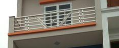 Xem 40 mẫu lan can ban công inox mặt tiền đẹp, sang trọng, hiện đại Balcony Glass Design, House Balcony Design, Window Grill Design Modern, House Main Gates Design, Door And Window Design, Balcony Grill Design, Balcony Railing Design, Front Gate Design, Door Gate Design