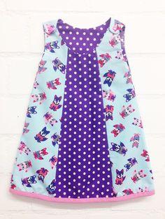 Ein Kleid nähen kann ganz einfach sein. In dieser bebilderten Anleitung von Pech&Schwefel lernt ihr, wie ihr ein süßes Mädchenkleidchen für den Sommer näht