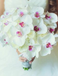 Wedding bouquet idea; Featured Photographer: Vanessa Joy Photography