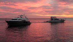 Maravillosos atardeceres a bordo de nuestras embarcaciones, nos invitan a ver en vivo imágenes como esta!! Info o reservas: (+598) 91 487 088 www.nauticalevents.com.uy/contact/