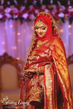 Designer Bridal Lehenga, Pakistani Bridal Couture, Pakistani Bridal Makeup, Muslimah Wedding Dress, Muslim Wedding Dresses, Muslim Brides, Bridal Dresses, Indian Wedding Poses, Indian Bridal Photos