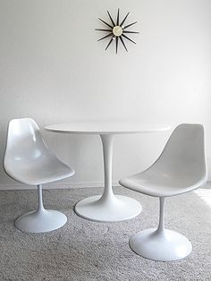 Saarinen Style Tulip Table and Chairs — Fixed price $250