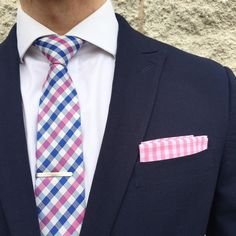Gingham skinny tie paired with a gingham pocket square. Skinny Ties, Pocket Square, Color Combinations, Gingham, Preppy, Pink, Handsome, Menswear, Mens Fashion