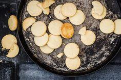 Sablé Grundteig Griddle Pan, Cookies, Desserts, Food, Gift Ideas, Vegetarian, Food Food, Bakken, Winter Time