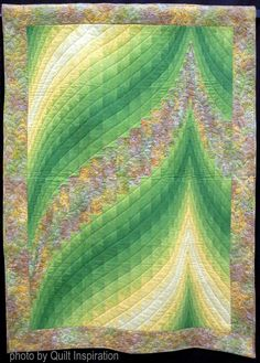Mountain Peak by Ruth Martin, Tucson Quilters Guild. Two-fabric bargello design by Susie Weaver. Photo by Quilt Inspiration.
