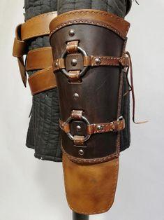 Ursine Witcher leather armor inspired by Geralt Costume - costume commission Witcher Armor, Larp Armor, Cosplay Armor, Medieval Armor, Match Parfait, Leather Bracers, Armadura Medieval, Shoulder Armor, Corset Belt
