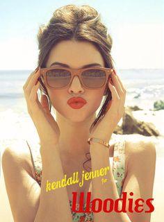 3ba8c6430a 57 melhores imagens de Óculos e elas. no Pinterest