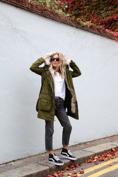 Lucy Williamsshows us how to wear the Parka trend pairing this...