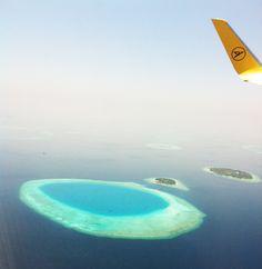 °Anflug auf die Inseln .. einfach nur traumhaft °Approach to the islands .. just fantastic Airplane View, Rainy Season, Snorkeling, Maldives, Islands, Sunrise, Diving, Explore