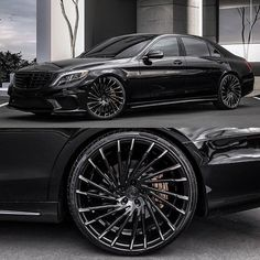 Black on Black on Alexis La'Cole wheels Tag a friend who would like this - Mercedes Cars Mercedes Benz S550, Mercedes Auto, Mercedes G Wagon, Benz Amg, Mercedes S Class Amg, 4 Door Sports Cars, Sport Cars, Audi S5 Sportback, Muscle Cars