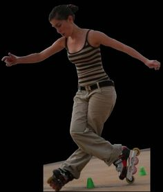 Roller slalom figure Inline Skating, Roller Skating, Oui, Seaweed, Skate, Magic, Exercise, Poses, Retro