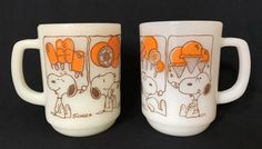 FireKing-Snoopy-Sweat-Dreams-Ice-Cream-Treats-Mugs-Cups-Two-Milk-Glass-Vintage