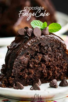 Chocolate Fudge Bundt Cake Recipe is a devilishly rich ridiculously moist & decadently fudgy recipe that's topped with a short-cut chocolate ganache. Easy Chocolate Desserts, Chocolate Cake Mixes, Chocolate Recipes, Fun Desserts, Delicious Desserts, Easy Chocolate Fudge Frosting Recipe, Bundt Cake Frosting Recipe, Chocolate Ganache Cake, Ganache Recipe