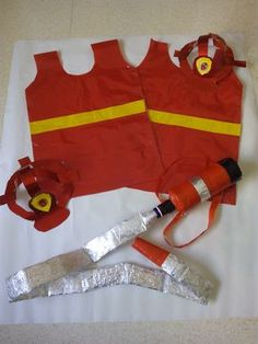 Sewing For Kids, Diy For Kids, Gifts For Kids, Diy Fireman Costumes, Community Helpers Crafts, Fireman Party, Firefighter Birthday, Dramatic Play Centers, Kids Dress Up