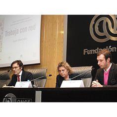 De iz. a dcha.: Alberto Durán, vicepresidente ejecutivo de Fundación ONCE; Teresa Palahí, vicepresidenta segunda del Consejo General de la ONCE; Juan Merodio, autor del libro.