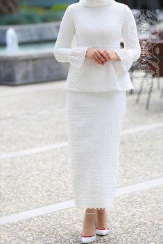 Annah Hariri | Hijab Fashion | Berna Dress | Pinned via Nuriyah O. Martinez