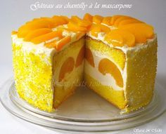 Cake with whipped cream, mascarpone and peach - for entertaining Sweets Recipes, No Bake Desserts, Cake Recipes, Romanian Desserts, Romanian Food, Cheesecake, Kinds Of Pie, Food Cakes, Let Them Eat Cake