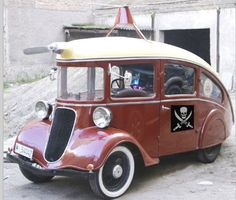 Pirate Lotus Car, Busse, Scooters, Microcar, Cute Cars, Transporter, Car Wheels, Auto Retro, Weird Cars