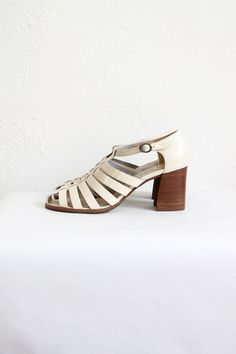 Vintage 80s White Cut Out Chunky Heeled Sandals