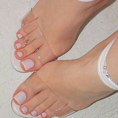 Toe Nail Color, Toe Nail Art, Nail Colors, Red Nail, Nail Nail, Classy Nails, Stylish Nails, Trendy Nails, Pretty Toe Nails