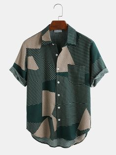 ChArmkpR Mens Casual Breathable Striped Color Block Short Sleeve Shirts is designer and cheap on Newchic. Casual Shirts, Casual Outfits, Printed Shorts, Mens Printed Shirts, Men Shirts, Shirt Men, Shorts With Pockets, Fashion Colours, Striped Shorts