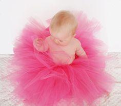 no-sew baby tutu. cute!