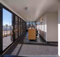 Gallery of Wallan Veterinary Hospital / Crosshatch - 3