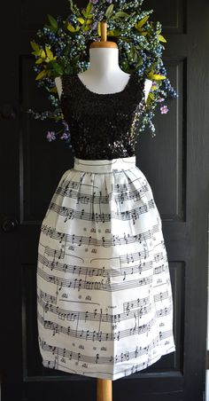 Sheet Music Skirt, Piano skirt, Musical notes skirt, party skirt, black white skirt, Music skirt, music dress