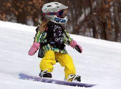 little snowboarder