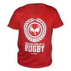 Le rugbyman a du style, la preuve en est avec ce tee-shirt rugby manche courte à col V ample très tendance. #rudby #rugby #rugbywear